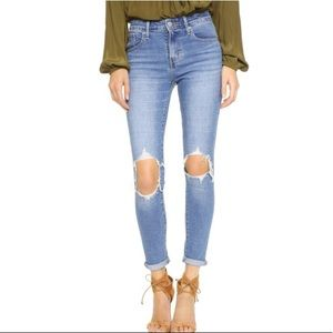 LEVIS 721 Distressed & Destructed High Rise Skinny